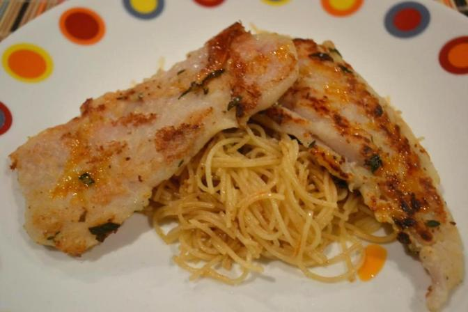 Filete de Basa al Limón con Capellini