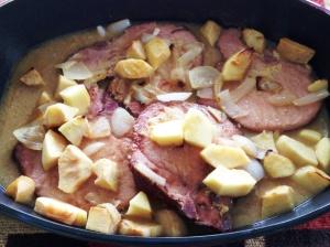 Chuleta ahumada de cerdo con manzanas 2