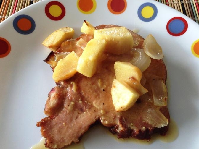 Chuleta de Cerdo Ahumada con Manzanas